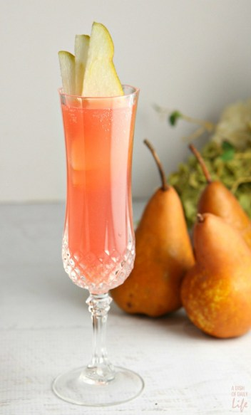 Cranberry-Pear-Prosecco-Cocktail...perfect-for-Easter-Mothers-Day-and-spring-summer-entertaining