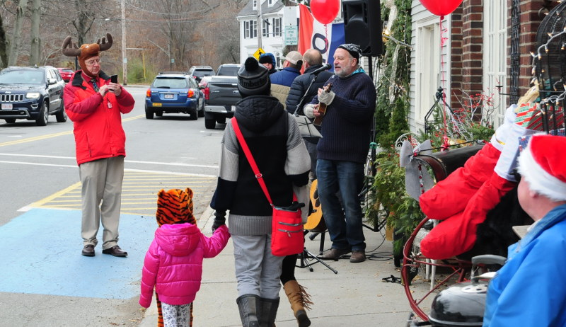 Ipswich Holiday Stroll announced for Nov. 30