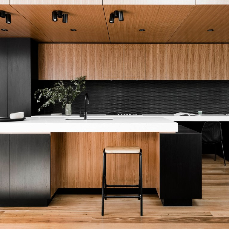 Datum House - Local Kitchen Architecture Timber Detailing - FIGR. - Interior Archive