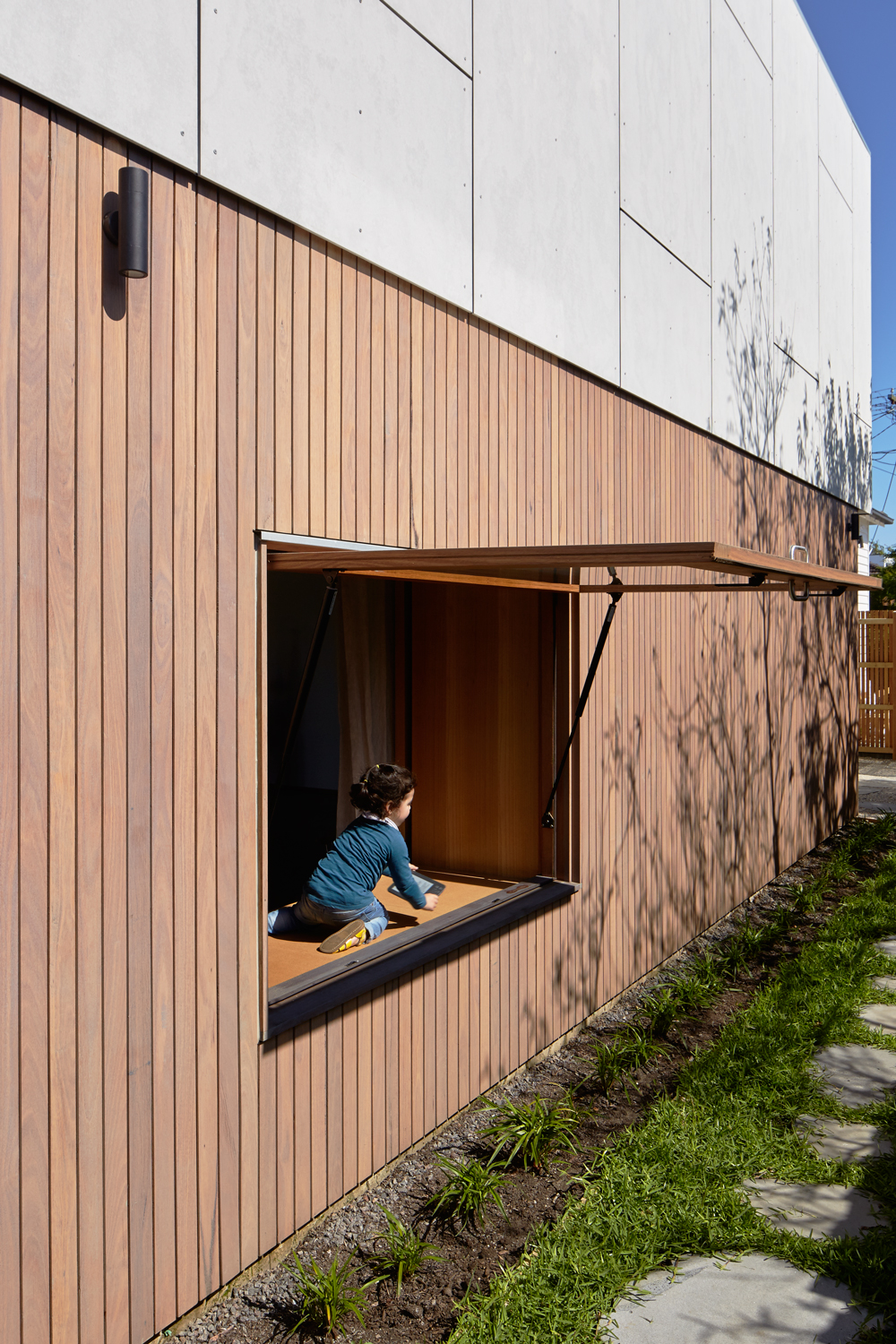 Purposefully Separated Into Old And New, The Concept For Olaver Architects'