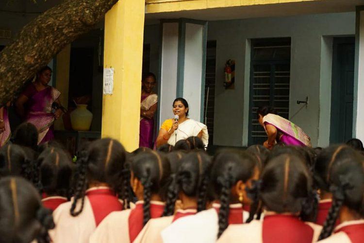 Dr. Abirami Prakash, educating girl students about cloth pads.