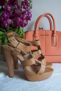 The London Flower Lover Stock Fragrant summer flower handbag and glamorous shoes