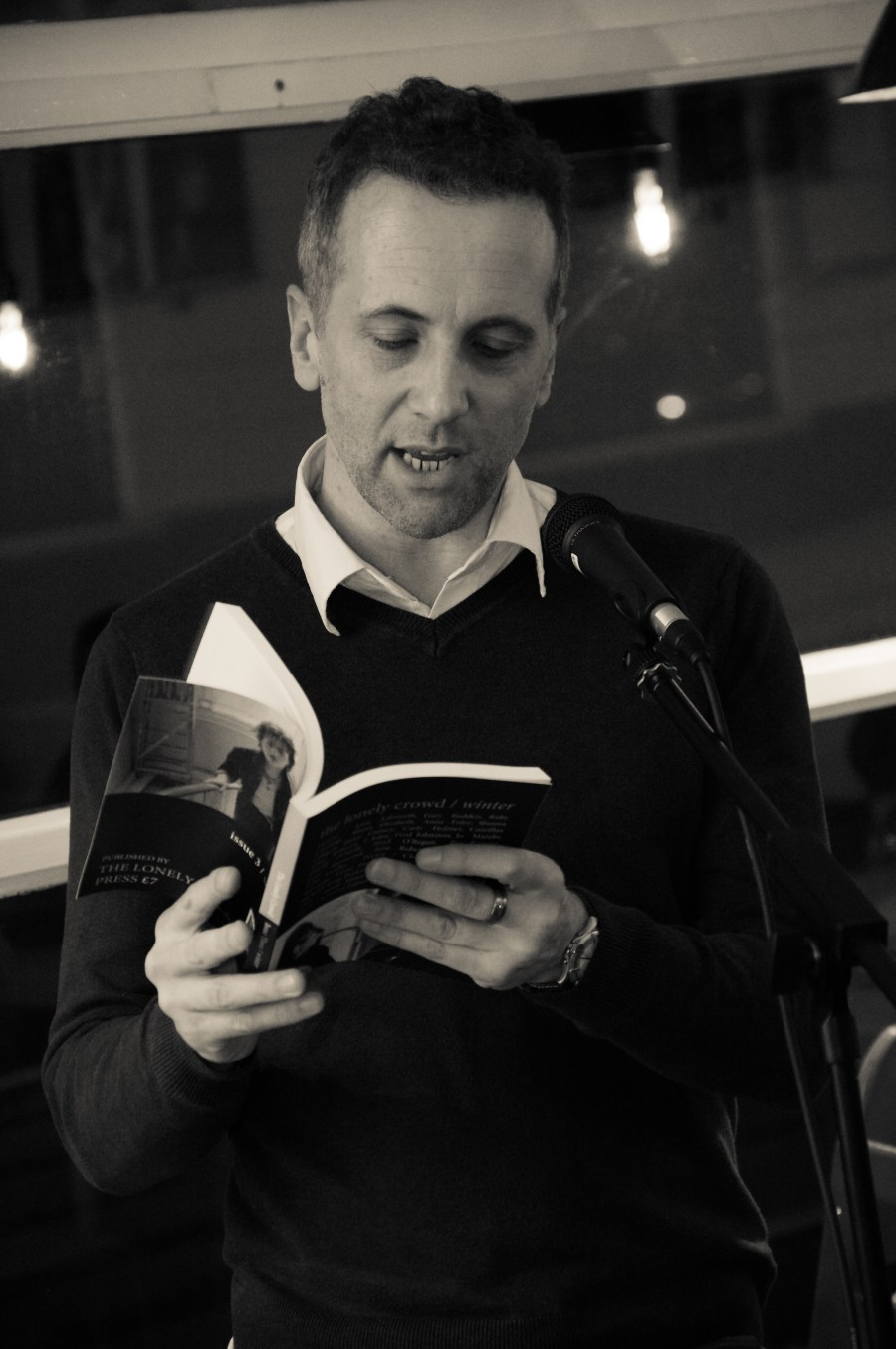 Tom Vowler reading 'The Grandmaster of Gaza' from our Winter issue