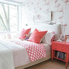 Flamingo bedroom