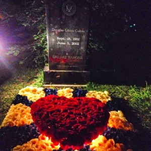 Dee Dee Ramone's grave, decorated for Johnny's tribute at Hollywood Forever Cemetery (photo by Nikki Kreuzer)