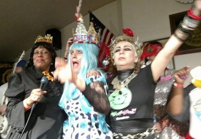 Doo Dah Queen Meg is crowned