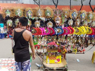 Sinulog get-up: Masks are a must!