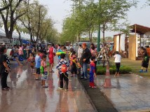 The whole family is involved in the waterfights!