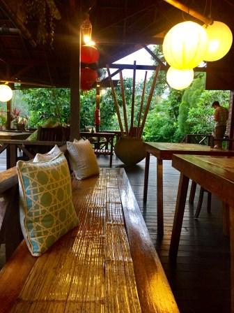 Outdoor restaurant/cafe