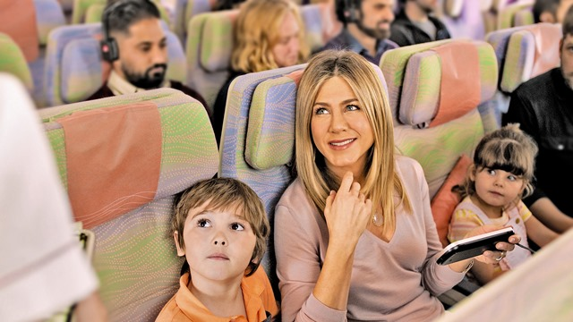 Jennifer-Aniston-Emirates-campaign
