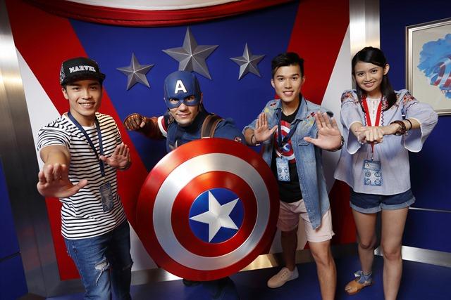 Hong Kong Disneyland_Caption America with models_(4)