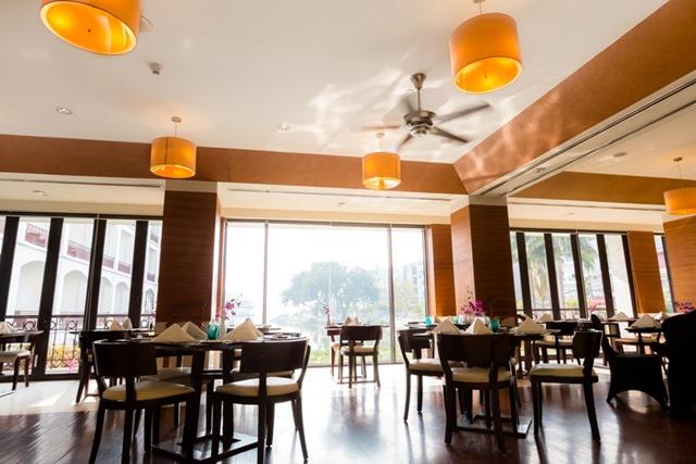 Cafe_du_lac_restaurant
