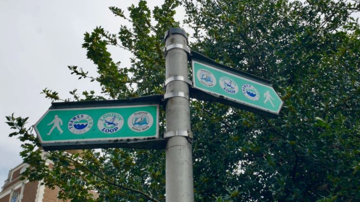 London Loop sign