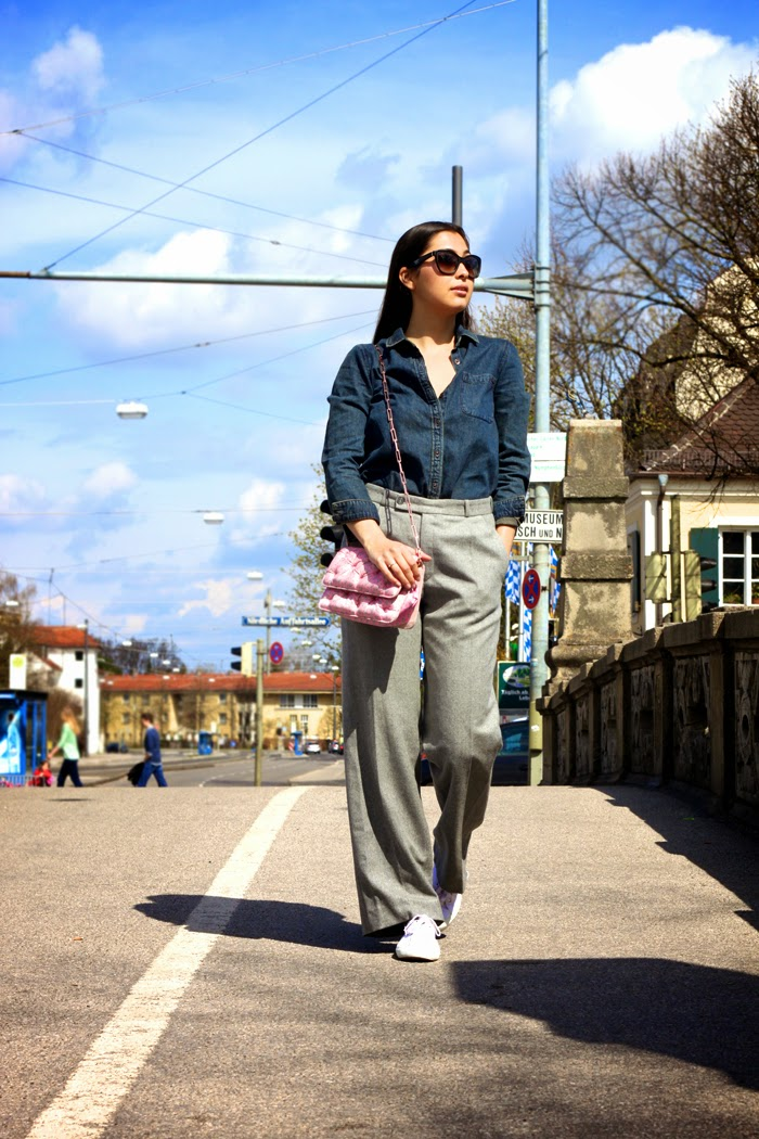 Casual-Denim-Fashionblogger-Streetstyle-Springlook-2015-Munich-Flared-Pants-New-Post-Germany-Lookbook_7