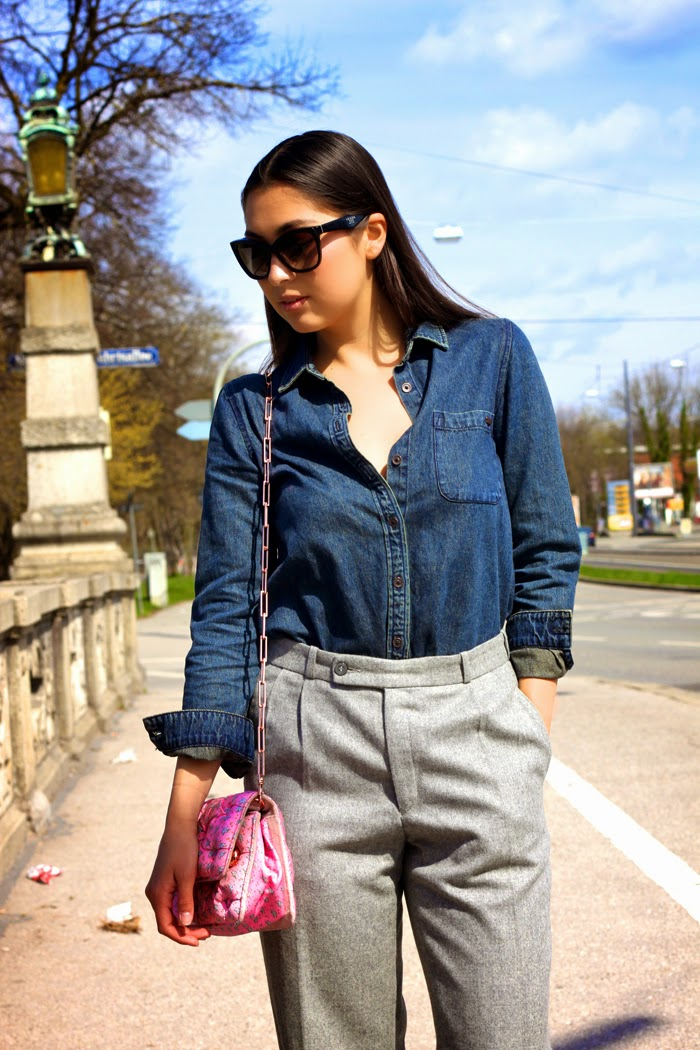 Casual-Denim-Fashionblogger-Streetstyle-Springlook-2015-Munich-Flared-Pants-New-Post-Germany-Lookbook_8