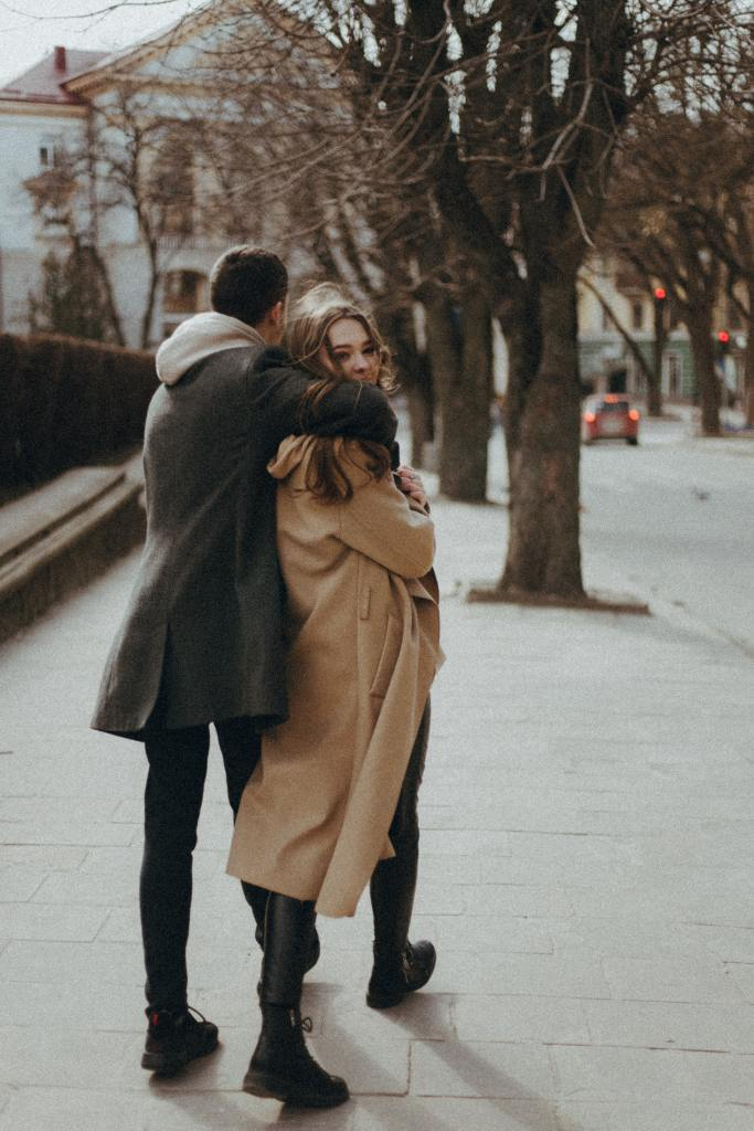 self-sabotage in relationships, healthy relationships