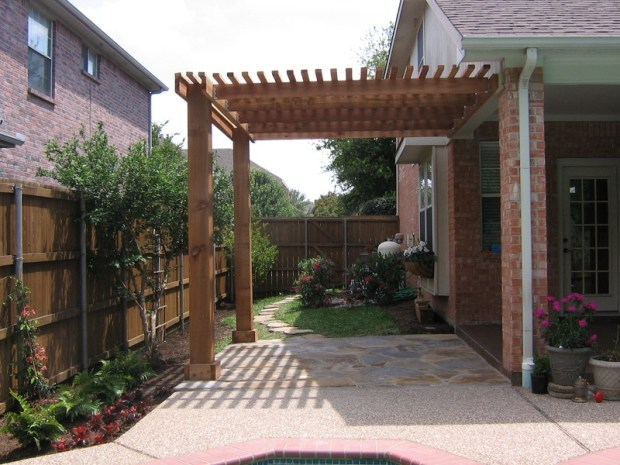 Diy Pitched Roof Pergola Plans Disagreeable02dif