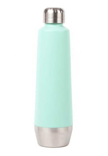 Stay hydrated all day long by bringing a reusable water bottle along for the ride!