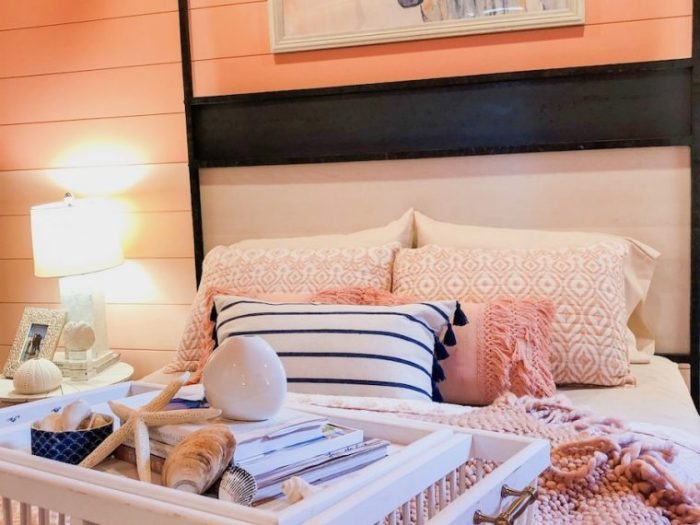 Mix textures in pillows and blankets