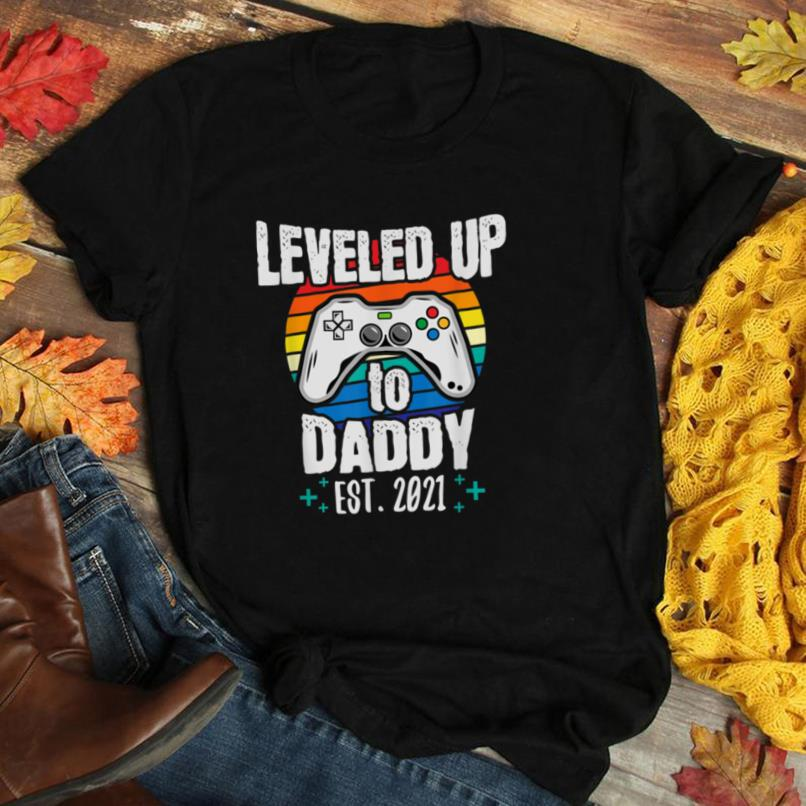 Leveled up Daddy to be, becoming Dad,Baby Announcement Gift T Shirt