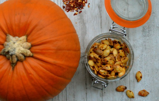Sweet n' spicy chilli and honey roasted pumpkin seeds