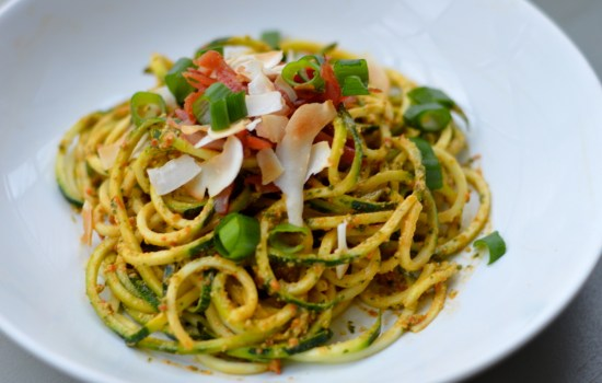 Roasted Red Pepper Pesto Courgetti