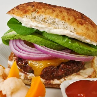 Fire & Spice Grilled Burgers with Chipotle Aioli