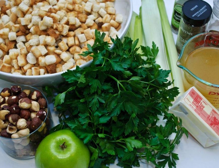 Green Apple Dressing with Melted Leeks & Toasted Hazelnuts | LunaCafe