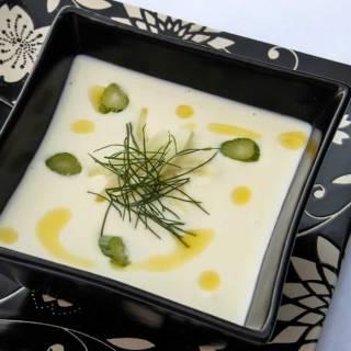 The Perfect Vichyssoise (Cold Potato Leek Soup)