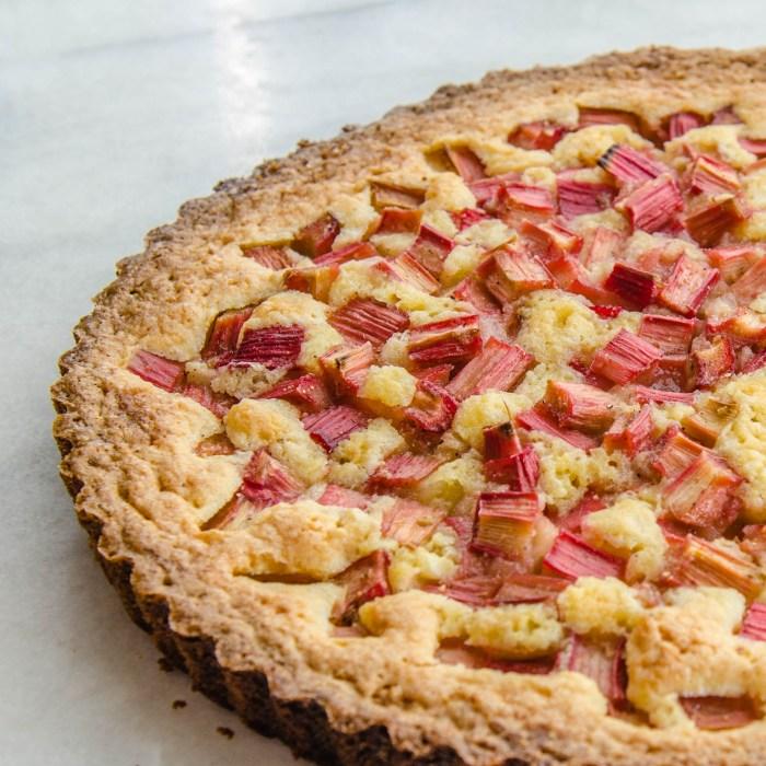 Rhubarb Rose Tart   LunaCafe