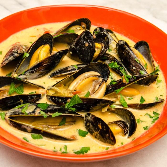 Northwest Mussel Bourride with Aioli