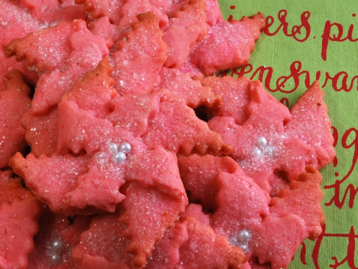 Butter Almond Poinsettia Cookies | LunaCafe