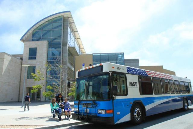 CSUMB students pick-up at MST library stop