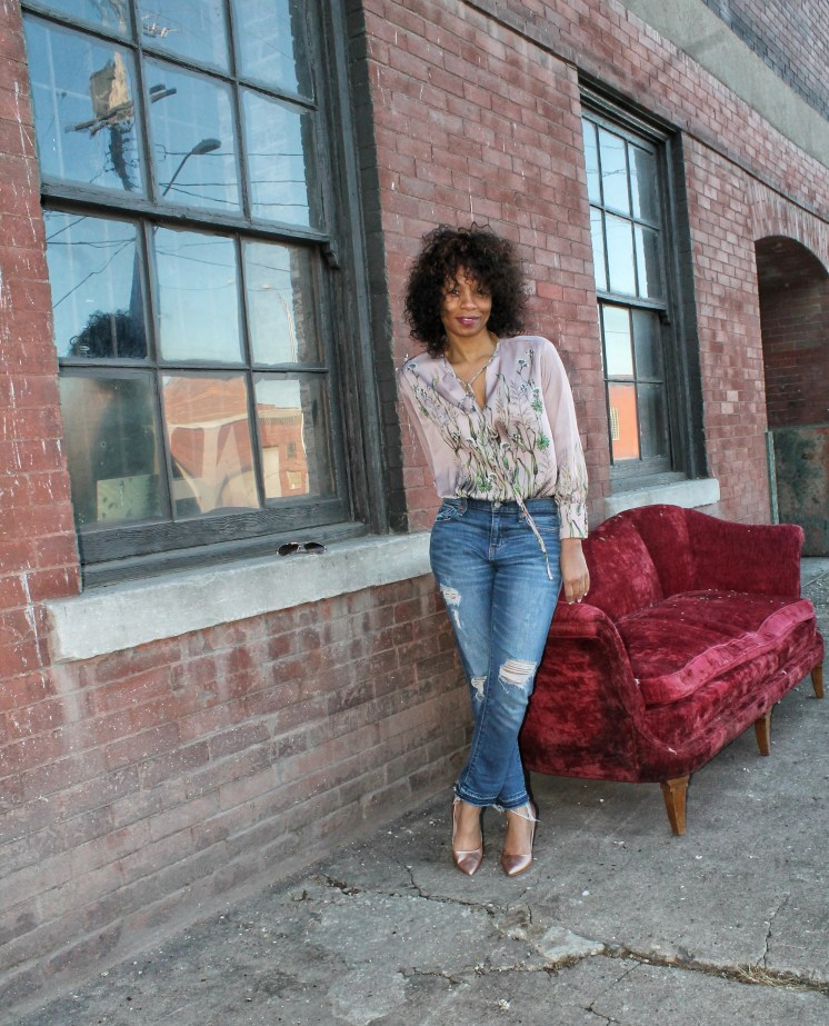 bodysuit and jeans outfit ideas