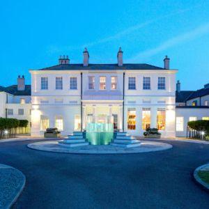 Seaham_Hall_Hotel_Entrance