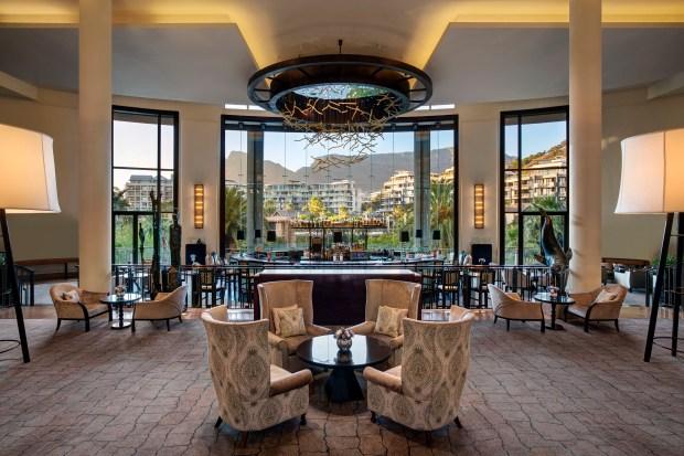 One&Only CT Vista Bar lounge (HR)