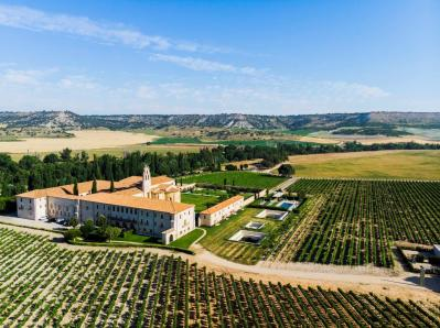 Abadia Retuerta LeDomaine Aerial View (2)