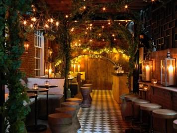 BLO - Bloomsbury Club Bar 1