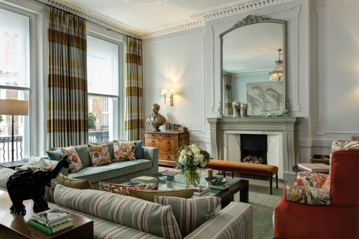 THE_KIPLING_SUITE_LIVING_ROOM_AT_BROWNS_HOTEL-_PHOTO_CREDITS_TO_JANOS_GRAPOW_3-JPG