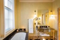 LOSCAR Room_206 Bathroom_1