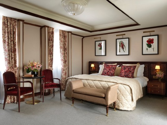 The Stafford London - Main House - Junior Suite Bedroom 3
