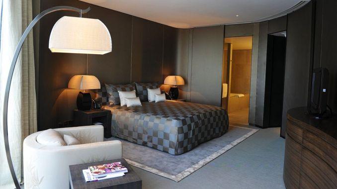 ROOM, ARMANI HOTEL, DUBAI, UAE