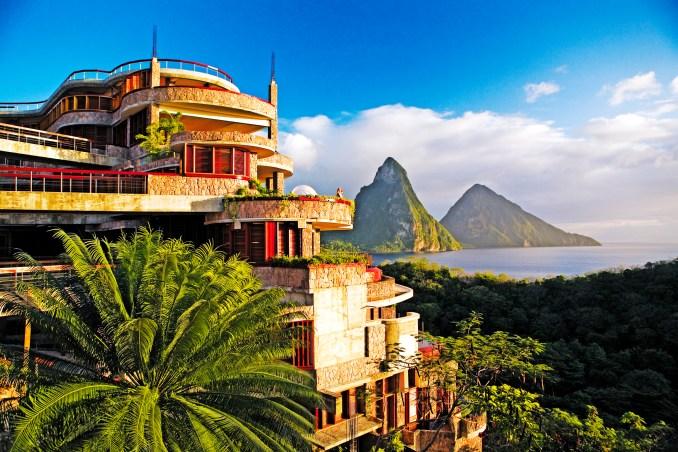JADE MOUNTAIN - HOTEL EXTERIORS