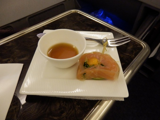 APPETIZER: SMOKED SALMON KELP ROLL (WITH PONZU SAUCE)