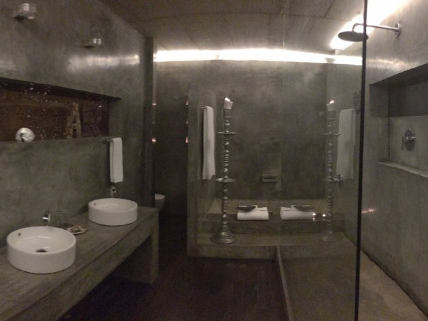 MAR BATHROOM