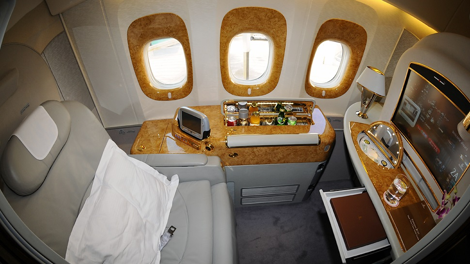 Top 10 most luxurious first class suites in the sky the for First class suite airline