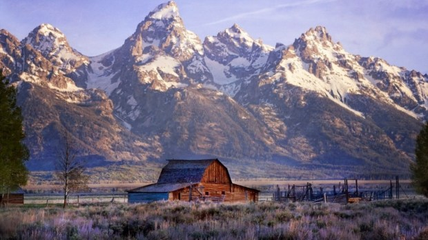 GRAND TETON NATIONAL PARK - TETON PEAKS