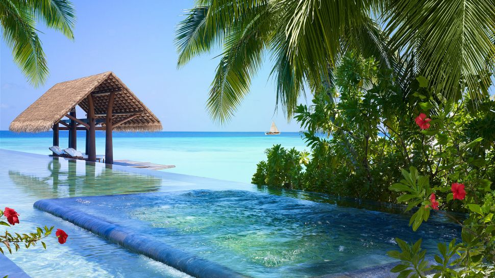 Hotel review one only reethi rah maldives the luxury - Shanghai infinity pool ...