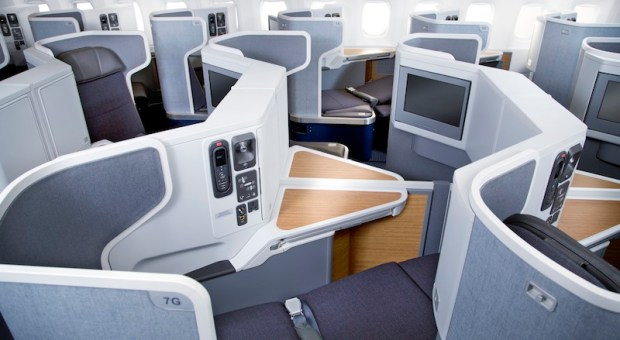AMERICAN AIRLINES BOEING 777-300ER BUSINESS CLASS