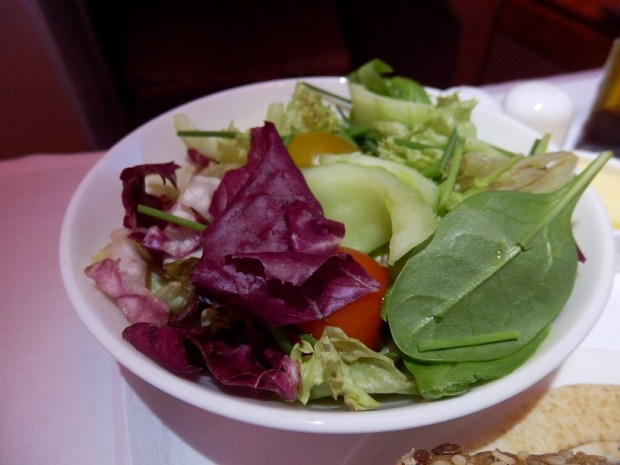 APPETIZER: SEASONAL SALAD